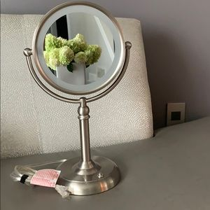 Vanity Mirror Natural Daylight LED